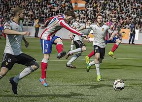 Análisis de 'Fifa 15': Pocos riesgos y más velocidad para seguir siendo el rey