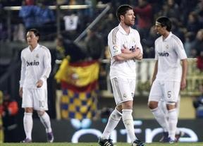 Al Barça le salen rentables sus quejas: el Madrid se deja su ventaja en el arbitraje