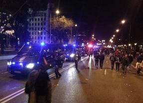 La multitudinaria 'Marcha de la Dignidad' acabó con más de 100 heridos, entre ellos 67 policías