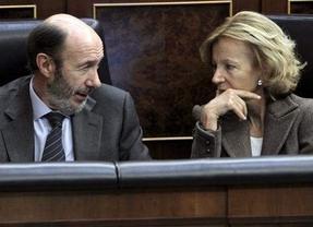 Salgado 'reprende' a Rubalcaba: no es hora de frenar la austeridad