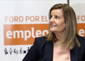 Báñez avanza el optimismo de los inminentes datos del paro: 'Seguirán esa tendencia positiva y   esperanzadora'