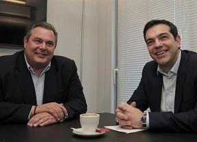 La primera sorpresa de Syriza: acuerda formar gobierno con el partido de derechas Griegos Independientes