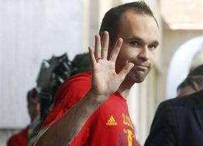 Iniesta revela que los choques Madrid-Barça estropearon la convivencia en La Roja