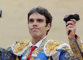 Gustavo Postigo y la acreditación para José Tomás en León