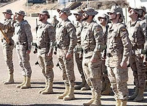 Tres muertos en una explosión en el polvorín de la base de la Legión en Viator (Almería)