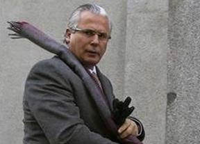 El fiscal se opone a indultar a Garzón por la