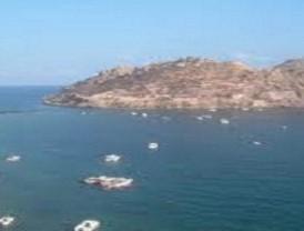Encuentran el cuerpo sin vida del buceador de Águilas a 400 metros de la Isla del Fraile