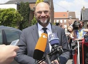 El socialdemócrata alemán Schulz repite como presidente de la Eurocámara gracias a los votos del PP europeo