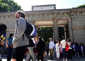 Madrid vincula la crisis turística al cumplimiento del déficit