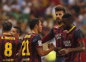 Un golazo de Adriano y la suerte regalan los tres puntos al Barça en Málaga
