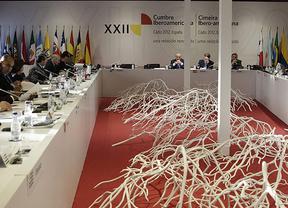 Los l�deres iberoamericanos buscar�n salidas conjuntas a la crisis a partir de este jueves