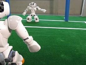 El equipo de robots de la Universidad de Murcia compite en el campeonato mediterráneo de fútbol