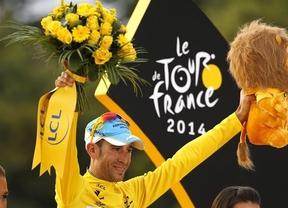 Nibali se corona del amarillo de París y logra el 'Grand Slam' del ciclismo: Vuelta, Giro y Tour