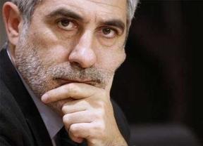 IU pide que la vicepresidenta Soraya lidere un comité de crisis con la hepatitis C