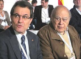 Crónica de una dimisión anunciada: Pujol 'acuerda' con Mas quedarse sin sueldo ni oficina como expresidente de la Generalitat