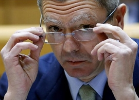 Golpe del fiscal general a Gallardón: algunas tasas 'desbordan' la posición del Constitucional