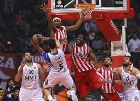 Los fallos en los tiros libres condenan al Madrid, que desaprovecha su primer 'match-ball' ante Olympiacos para meterse en la Final a Cuatro (78-76)