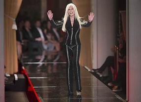 Versace inaugura la semana de la alta costura de París