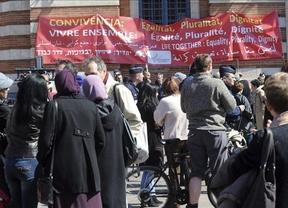 Francia pide la imputación al hermano del asesino de Toulouse por ser cómplice de la 'masacre'