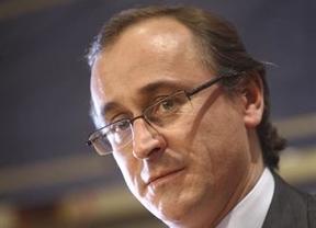 El Gobierno ofrece a las autonomías un fondo de liquidez para costear el plan contra la hepatitis C