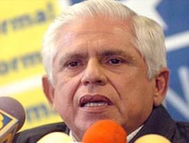 Llama Calderón a frenar en unidad al crimen organizado