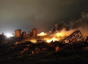 Explosión en Texas: al menos 2 muertos, aunque los bomberos temen que el balance se eleve a 70