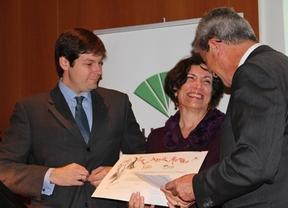 La mexicana Alma Guillermo Prieto recibe el premio Agustín Merello