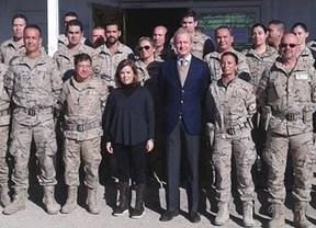 La vicepresidenta, por sorpresa en Afganistán: visita por primera vez una misión de las tropas españolas en el exterior