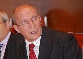 Jesús Alique reclamará en el Senado una ponencia sobre la situación de los carburantes