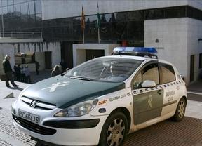 Falsa alarma: los 'paquetes explosivos' que cortaron una autopista eran simulados