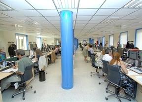 Los empleados públicos de Castilla-La Mancha perderán el 30% de poder adquisitivo en 2013