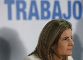 Báñez pondrá en marcha en octubre un plan especial para parados sin ingresos