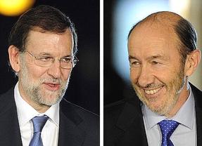 Conversaciones ¿a dos bandas?: Rajoy y Rubalcaba hablan del rescate pero no lo hacen con la población