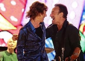 'Bombazo' musical en Lisboa con dos 'monstruos': los Rolling y Buce Springsteen cantan juntos