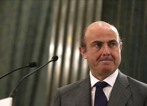 De Guindos retrasa la 'sentencia': la decisión sobre el rescate llegará tras el examen de la auditoría extranjera