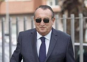 Carlos Fabra desafía a todos: cree que no entrará en la cárcel pese a que ni llegará a pedir el indulto a Rajoy