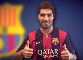 Ya es oficial: el Barça ficha al 'caníbal' Luis Suárez
