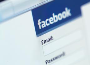 Facebook cambia el correo electrónico de sus usuarios para que tengan que acceder a la web obligatoriamente