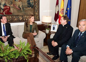 Cospedal destaca el trabajo de las Cofradías de Toledo tras declararse la Semana Santa de interés turístico internacional