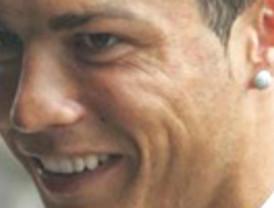 Cristiano Ronaldo, con 12 millones al año, es el futbolista mejor pagado del mundo