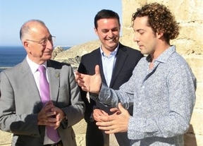 David Bisbal da la cara por Almería