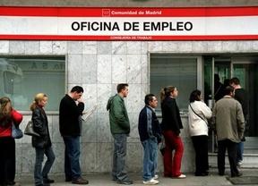 El gasto en prestaciones por desempleo baja un 17,8% en octubre y la cobertura cae al 57,3%