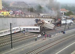 Giro en el caso del accidente de Santiago: imputados 5 responsables de Adif