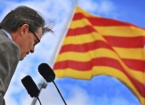 Artur Mas se 'escaquea' del acto de coronación de Felipe VI