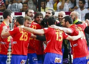 España vence a Dinamarca (24-25) para meterse en las semifinales del Mundial
