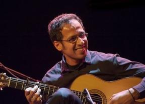 Las notas mágicas de la guitarra de Ali Khattab inundarán toda la semana el mítico Café Central