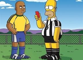 Desastre futbolero asegurado: Homer Simpson se transformará en arbitro en el Mundial de Brasil