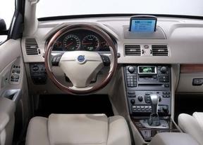 La nueva generación del Volvo XC90 reemplazará los botones del salpicadero por una pantalla táctil