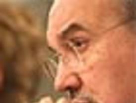 Rajoy se desayuna, come y cena los clamores para que Rato entre en sus listas