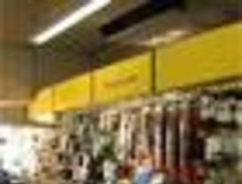 Los 'cachorros' de ERC denuncian comercios sin rótulos en catalán